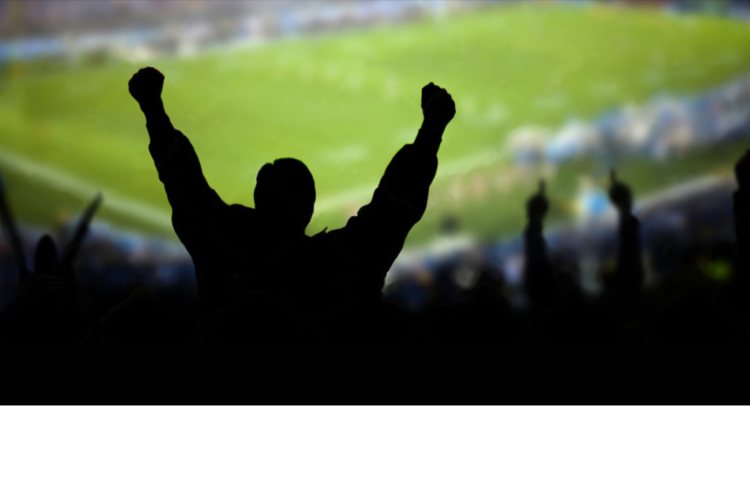 Gloryfikacja komunikacji zewnętrznej i zakłócanie komunikacji wewnętrznej… czyli co odróżnia kibiców od zawodników?