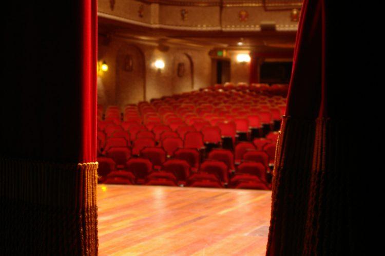 """""""Sztuka Właściwych Decyzji"""" na scenie Mentoring Theater już 14 listopada!"""